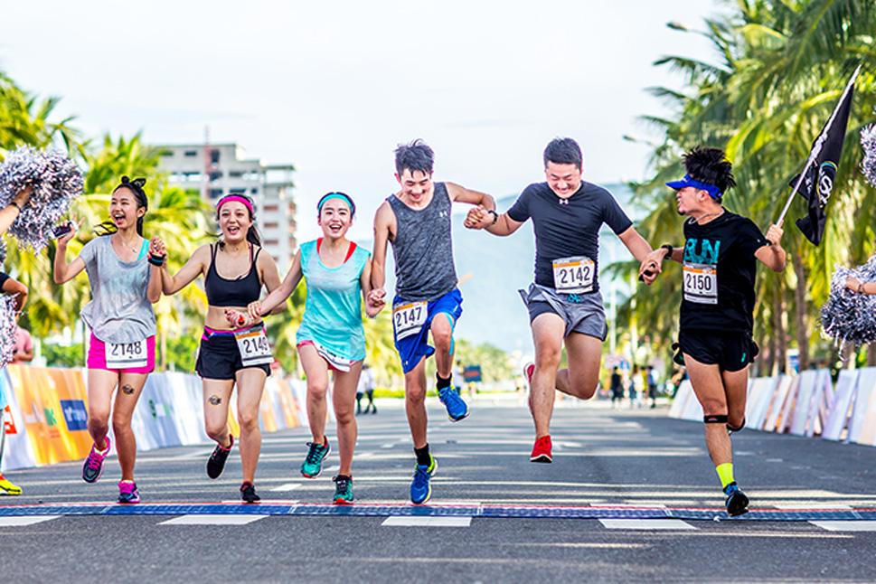 cuoc-thi-marathon-quoc-te-da-nang-2017-1