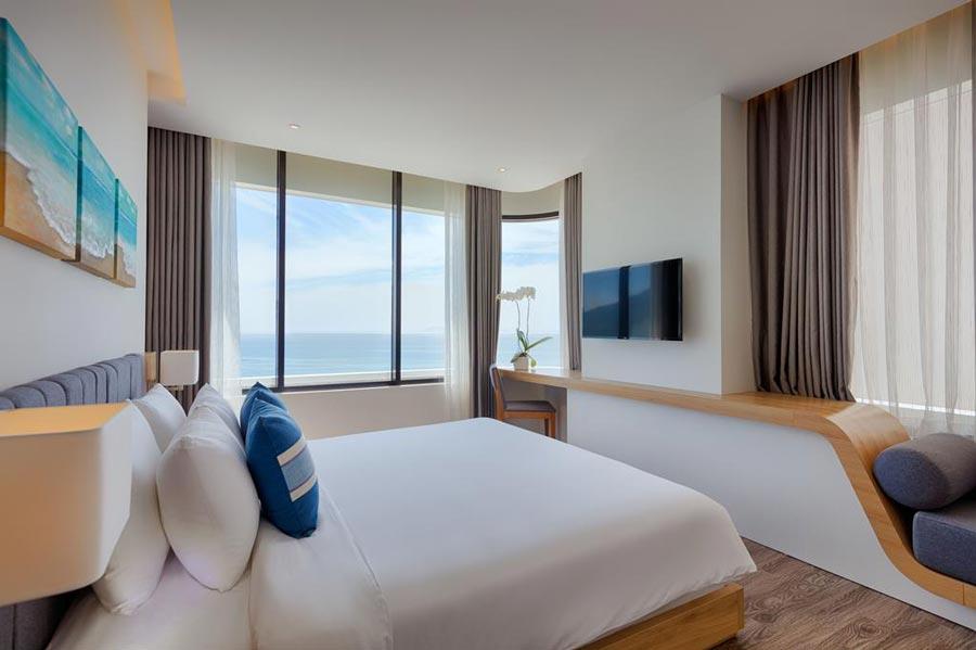 belle-maison-danang-beach-hotel-khach-san-bien-da-nang-2