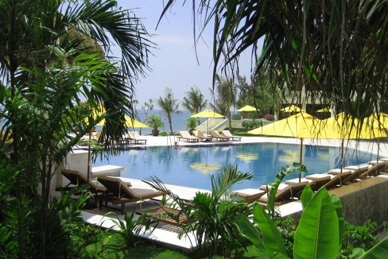 khach-san-phan-thiet-co-ho-boi-dep-Allezboo-Beach-Resort