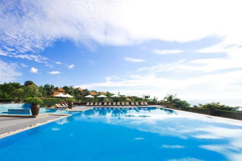 khach-san-phan-thiet-co-ho-boi-dep-romana-resort-