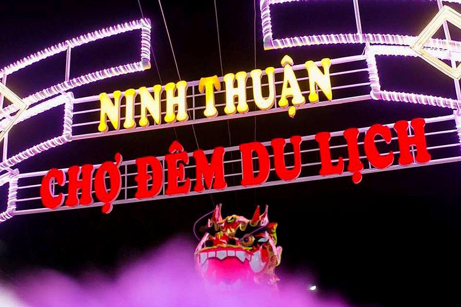 review-hoa-minh-vao-khong-khi-nhon-nhip-tai-cho-dem-ninh-thuan-1