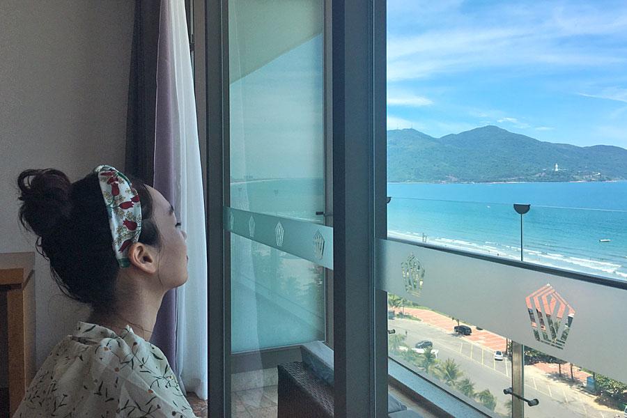 [Review] Phát hiện khách sạn biển Mỹ Khê, hồ bơi tầng thượng view đẹp quên lối về